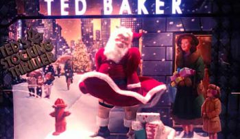 Ted Baker shop window in Westfield Sydney (2010) attributed to https://www.flickr.com/photos/md111/5335913693